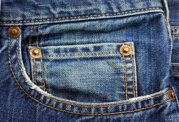Карман классических джинсов