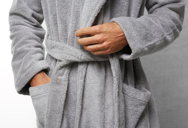 Махровый халат серый