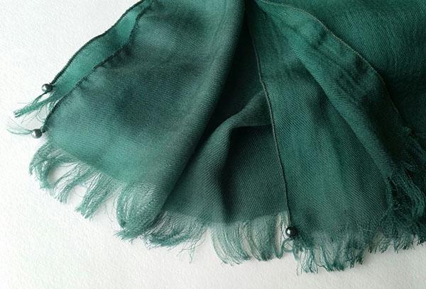 Легкий шарф из саржи
