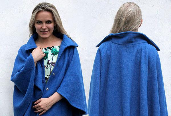 Пальто из синего лодена