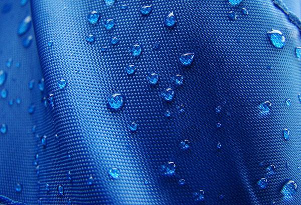Водостойкая синтетическая ткань