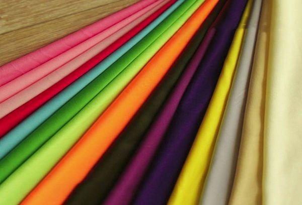 Разноцветные синтетические ткани