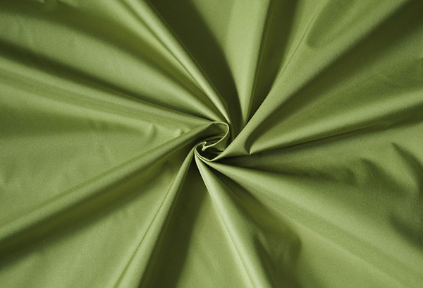Дюспо оливкового цвета