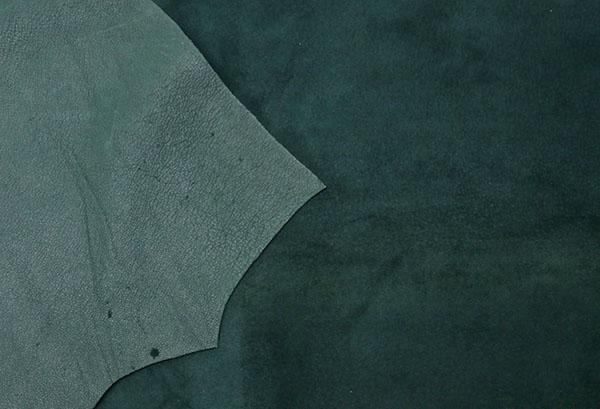 Темно-зеленая замша