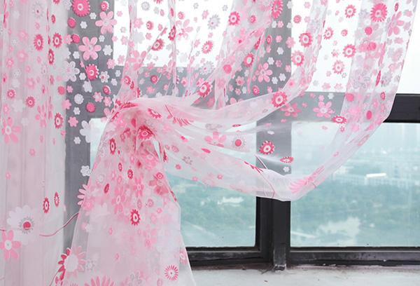 Розовая штора из органзы