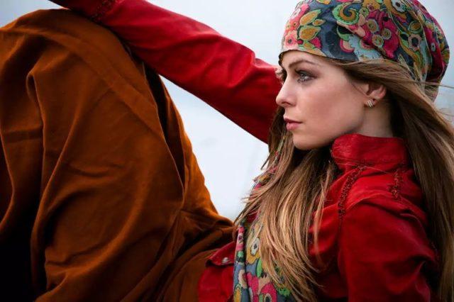 крестьянский способ повязки платка на голову