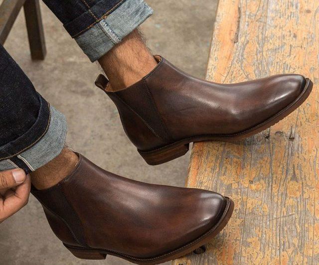 Кожаные коричневые ботинки