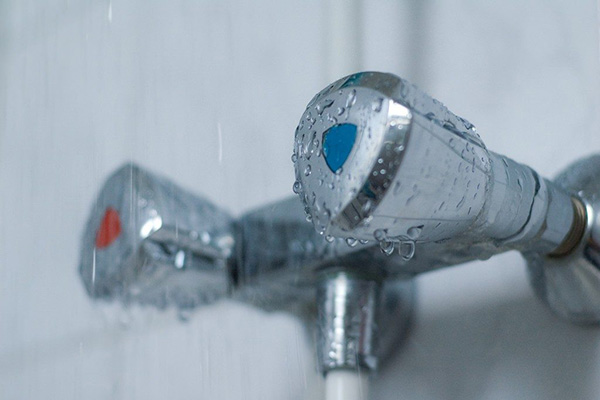 Холодная и горячая вода