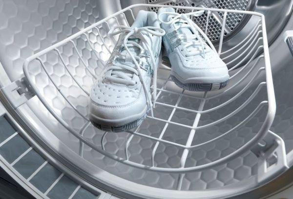 Кроссовки в сушилке