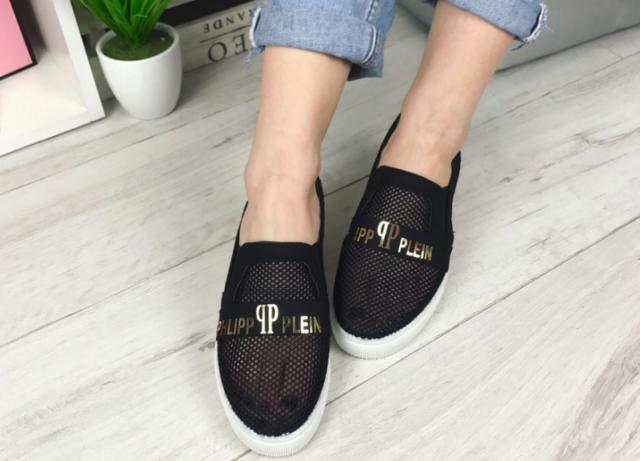 Женская обувь слипоны
