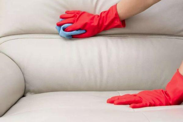 мытье дивана из экокожи