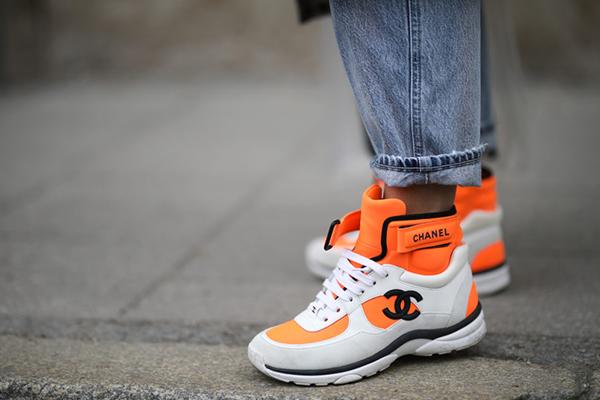 Высокие кроссовки Chanel