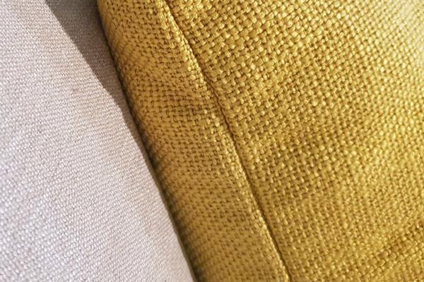 Диванная подушка из рогожки