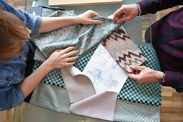 Выбор ткани для обивки дивана