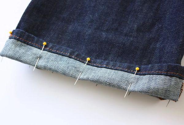 Подгибка джинс с сохранением фабричного шва