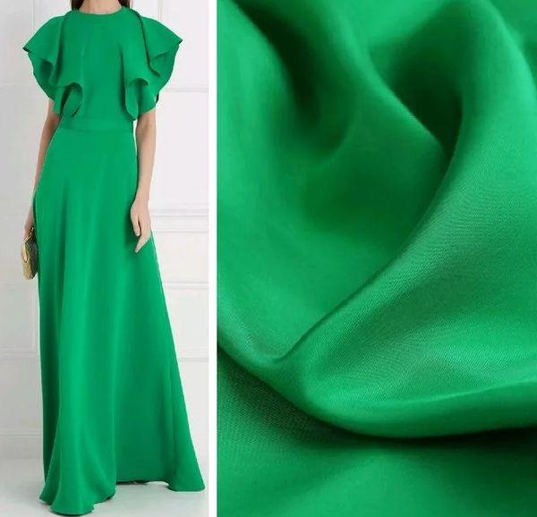 Длинное вечернее шелковое зеленое платье