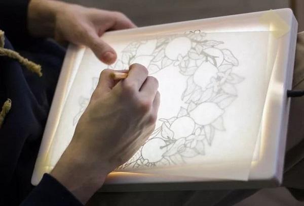 Рисование изображения через свет