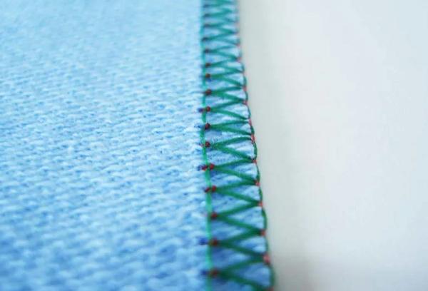 Ролевой шов на ткани